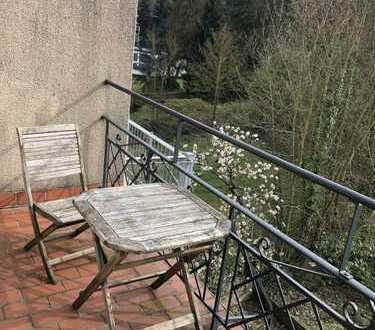 Schöne Dachgeschosswohnung mit Balkon in der Altstadt