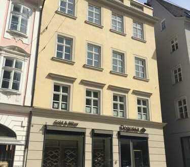 """Großzügige 193 m² Wohnfläche auf der """"Kaisermeile"""""""