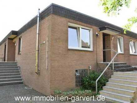 Einfamilienhaus mit Einliegerwohnung im Bungalowstil mit Garage in Dorsten-Rhade