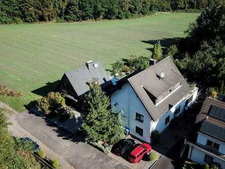 Helle Wohnung mit großer Dachterrasse in grüner und zentraler Lage von Hürth