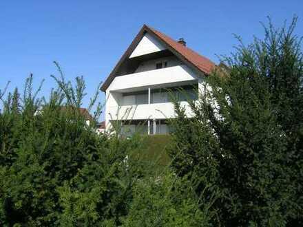 Freistehendes 2- Familienhaus in schönster Wohnlage mit großem Grundstück