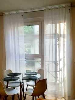 Erstbezug möbliert mit EBK und Balkon: stilvolle 2-Zimmer-Wohnung in Nürnberg