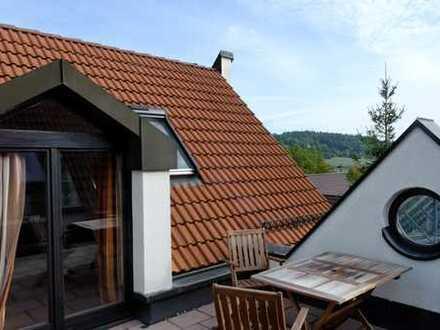 Außergewöhnliche 3-Zimmer-Maisonette-Wohnung mit Dachterasse in Renningen