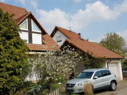 Vörstetten: Leben in guter Gemeinschaft. Modernisiert in 2017, 6 Zi. mit EBK + Dachspitze.