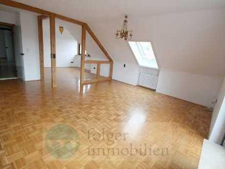 ...Genießen Sie das Leben im historischem Weinort Sommerhausen, 5 ZW mit 2 Balkonen...