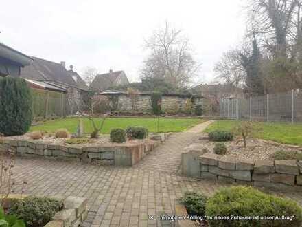 Große Erdgeschoßwohnung mit herrlichem Garten nur für Sie