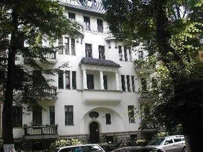 Sehr interessante Wohnung im sanierten Altbauklassicker - sehr gute Kapitalanlage - Nr. 03