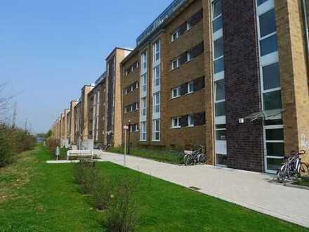 Nippes, Dachgeschoss, moderne 3 Zimmer, attraktiver Grundriss, Balkon und Wintergarten
