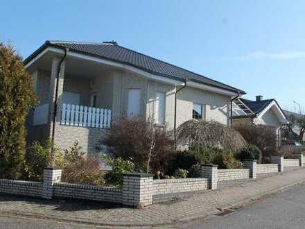 +++Modernes Einfamilienhaus mit Garten, Garage, in ruhiger, sonniger Höhenlage+++