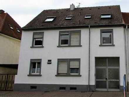 **Top Gelegenheit für Kapitalanleger** Komplett vermietetes 4-Parteienhaus in Hockenheim