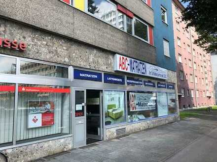 großzügige, helle Ladenfläche in Giesing