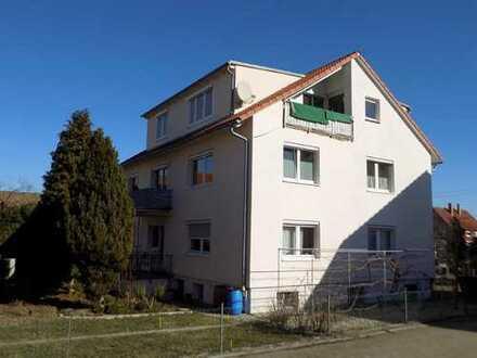 Herrliche, moderne 4ZimmerDachwohnung in ruhiger Wohnlage mit Blick zur Teck
