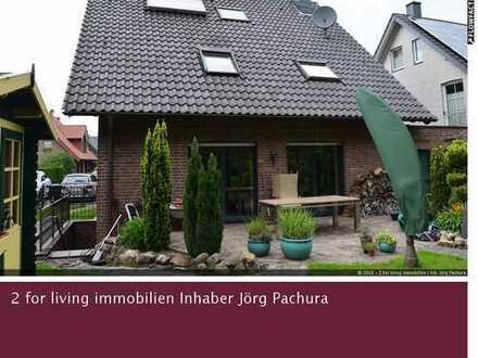 Freistehendes Einfamilienhaus mit hochwertiger Gesamtausstattung in verkehrsberuhigter Wohnlage!