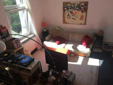 16qm-Zimmer in Traumwohnung in naturnaher Lage