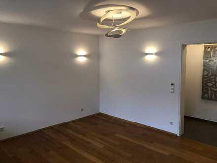 Sanierte 2,5-Raum-Wohnung mit Balkon und Einbauküche in Oberkochen