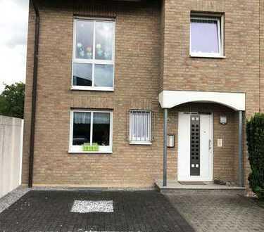 Schönes, geräumiges Haus mit fünf Zimmern in Dortmund, Kirchlinde