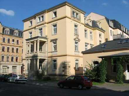 Ansprechende, sanierte 2-Zimmer-Wohnung mit gehobener Innenausstattung zur Miete in Dresden