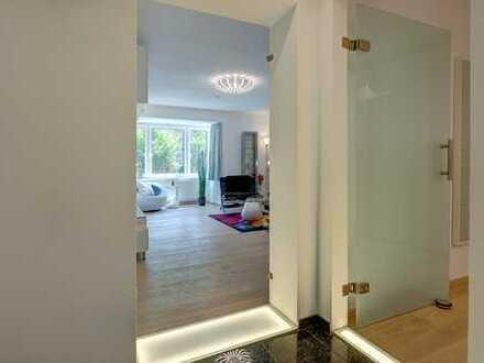 Als Einheit: Exclusiv renov. großzüg. 2-Zi-Wohnung + 1-Zi-Appartement, voll möbliert + ausgestattet