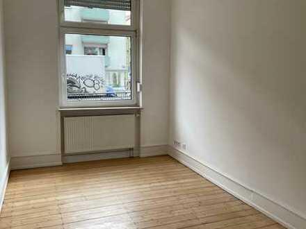 Kernsanierte 3,5 Zimmerwohnung mit Wohnküche in stattlichem Altbau im Jungbusch!