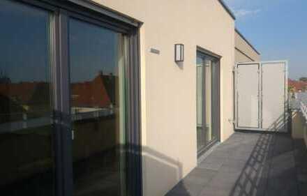 Seltene Gelegenheit • Top 2 - Zimmer Penthouse • Dachterrasse • EBK • Parkett • uvm.