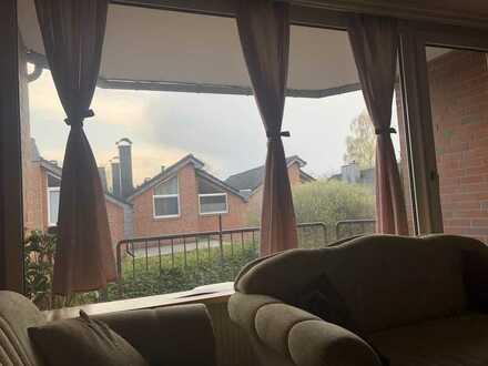 Möblierte zwei Zimmer Wohnung mit Balkon in Kreyenbrück
