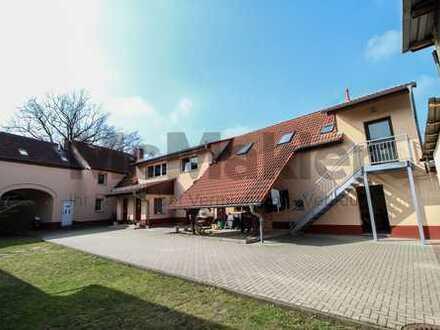 Lohnende Kapitalanlage: Saniertes MFH mit 3 WE und großem Garten in naturnaher Lage in Elsterheide