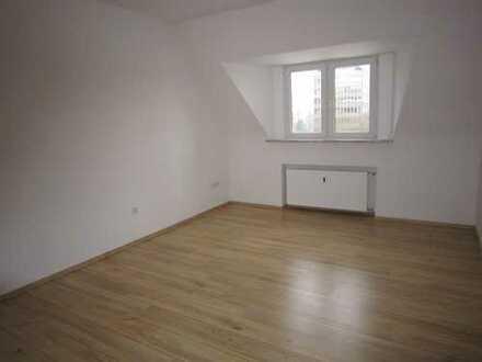 gemütliche 2 Zi. Wohnung mit Wohnküche * Einbauküche * Nähe Aaper Wald * nur berufstätige Mieter