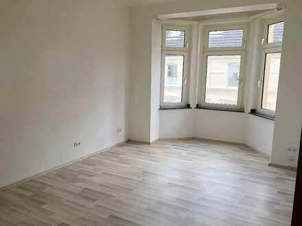 Schöne 3,5 Zimmer Altbau-Wohnung mit eigenem Charm