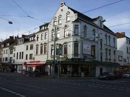 Kleine, aber feine Wohnung in der Neustadt mit Einbauküche