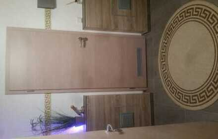 WG in einer renovierten 3-Zimmer Wohnung in Lenting mit EBK