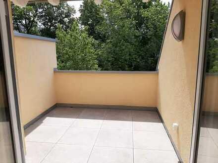 Sonnige 3-Zimmer-Maisonette-Wohnung mit Loggia in Köln-Weidenpesch