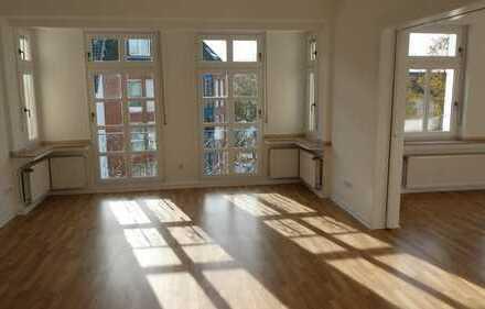 Sehr schöne, modernisierte 5-Zimmer-Wohnung mit Balkon in Hattingen (4 Parteien Haus)
