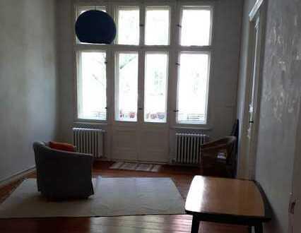 2 Zimmer, 40 qm, Altbau, Stuck, Parkett, zur Zwischenmiete in in Friedenau 750,- warm für 5-6 Mona