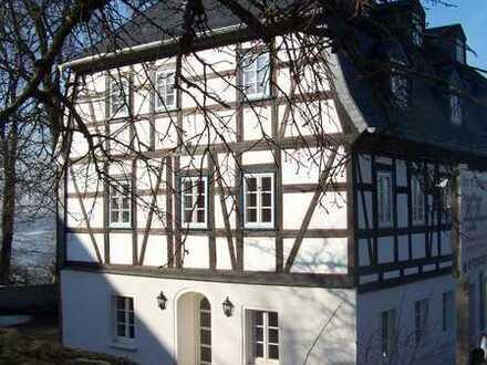 Fachwerkhaus aus der Barockzeit direkt am Schloß, 2 1/2 Zimmer
