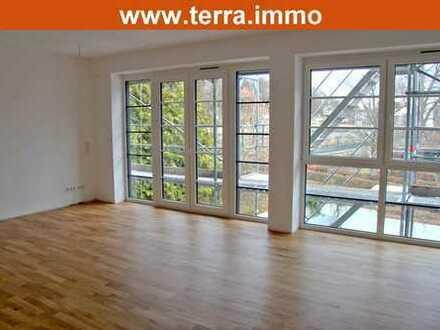 Komfortable 2 Zimmer-Wohnung mit Balkon mitten in der City!