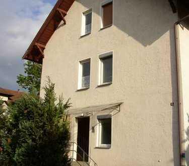 Sonnige 2,5 Zimmerwohnung mit großer Terrasse in Tübingen Süd - WG möglich -