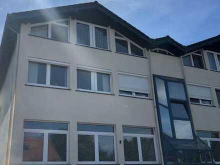 Neuwertige 4-Raum-Wohnung mit Balkon in Hilden