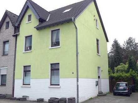 Zweifamilienhaus (DHH) in guter Wohnlage von Duisburg Buchholz