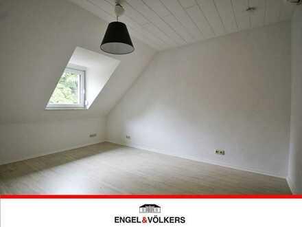 Umfassend sanierte Wohnung in ruhiger Lage