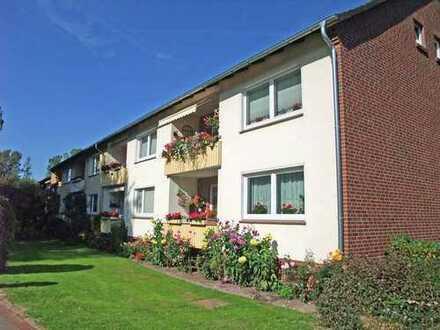 Helle, freundliche Senioren-Wohnung mit Balkon