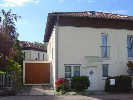 Doppelhaushälfte in Sersheim zu vermieten