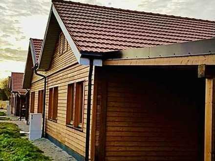 €***Eco Haus, Lärche Fassade, Wärmepumpe/Fußbodenheizung, Eiche Parkett, Spanndecke, Bad mit Fenster