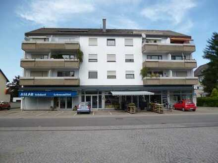 Tolle große 3,5-Zimmer-Dachgeschoss-Wohnung & Dachterrasse + Kfz-Stellplatz