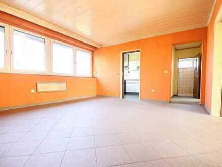 Wohnen oder Anlegen in OWL! Große und sehr helle 4-Zimmer-ETW mit 2 -Balkonen in Paderborn!