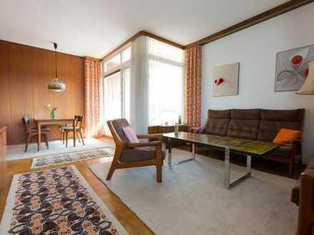 Sonnenhelle 3- Zi.-Wohnung mit schöner Süd-Loggia und Weitblick im 4. OG., Lift und PKW-Stellplatz