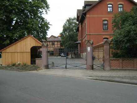 Auf der Hofstelle Köppl , gepflegte 4-Zimmer-Altbauwohnung mit Einbauküche in Braunschweig-Rautheim