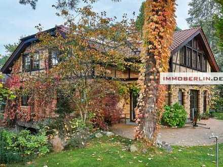 IMMOBERLIN: Traumlage - Sehr komfortables Einfamilienhaus mit exquisitem Interieur