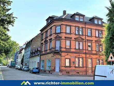 ++MA-Neckarau: großzügige Dachgeschosswohnung++