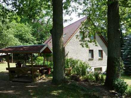 Forsthaus im Naturpark Schlaubetal zwischen Beeskow + EH großes Grundstück mitten im Wald