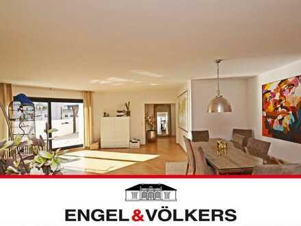 Modern sanierte Penthouse-Wohnung in Neureut!